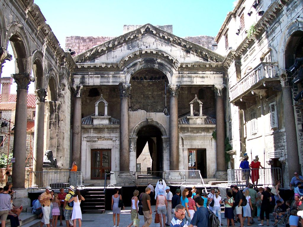 palace of diocletian - photo #30