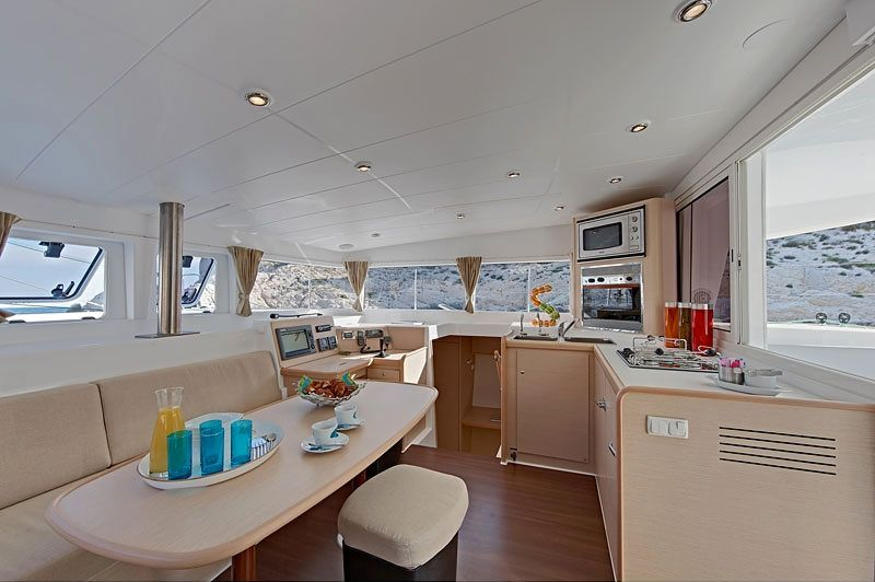 Catamaran Lagoon 400 - Yacht Charter Croatia