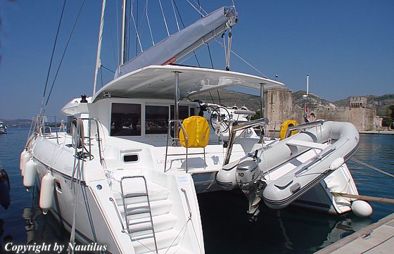 Catamaran Lagoon 421 in charter base Trogir